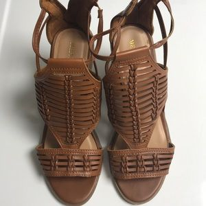 Merona  size 7 sandals brown